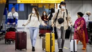 Kabinet gaat reizen naar 'oranje gebieden' actief ontmoedigen