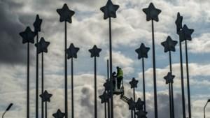 De sterren van het Euromonument in Maastricht draaien weer gesmeerd