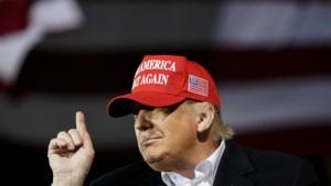 Trump boos op Twitter en Facebook om blokkeren artikel zoon Biden