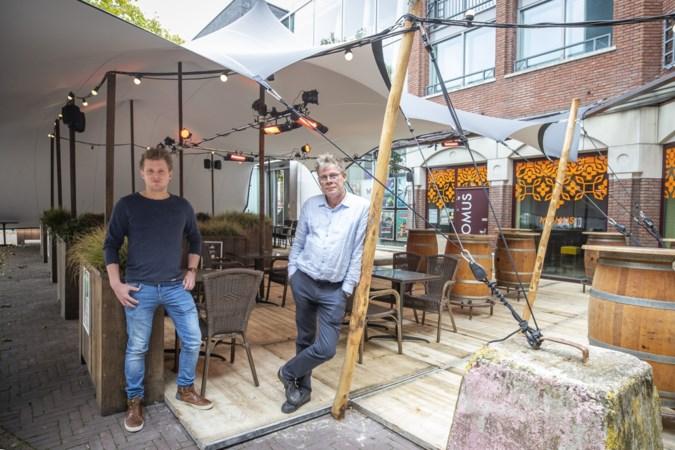 Sluiting horeca betekent dubbel pech voor DOK6 Panningen: dure terrasoverkapping opgebouwd voor niets
