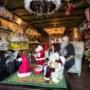 Het huis van Riny en Bruno van Brunschot uit Swalmen is al helemaal in kerstsfeer: 'Zo ligt er een waas over al die narigheid'
