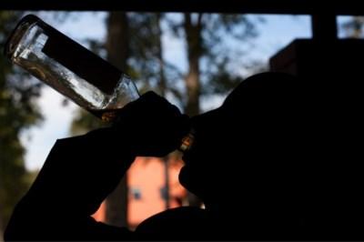 Ondernemers beklagen zich over dronkaards in centrum Heythuysen: gemeente stelt alcoholverbod in
