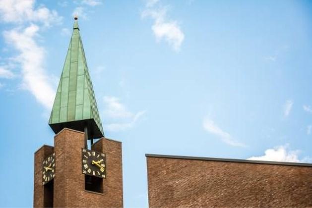 Gereformeerde kerk Barneveld laat zondag meer dan dertig bezoekers toe