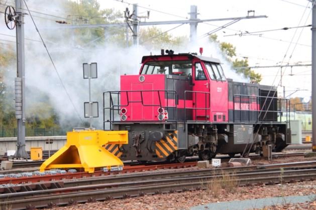 Treinverkeer rondom Venlo stilgelegd door lekkende koelvloeistof