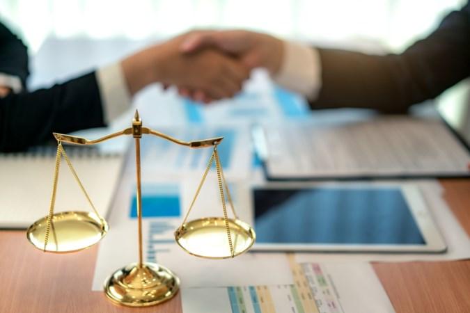Nieuwe wet helpt faillissementen voorkomen door dwarsliggers via dwangakkoord buitenspel te zetten