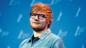 Ed Sheeran schenkt Lego en handgeschreven teksten aan goed doel