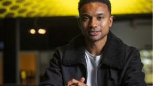 Josua John is leven als voetbalnomade zat: 'Ik heb me wel eens afgevraagd of die band met mijn zoon weer goed zou worden'