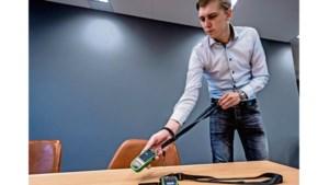 Piepende en knipperende sensor helpt afstand houden: 'Anderhalve meter is meer dan je denkt'