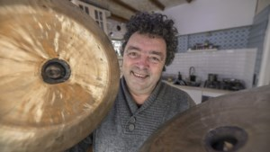 Koninklijke onderscheiding voor Kerkraadse componist en dirigent Hardy Mertens
