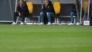 Verslagen Hofland: 'Ik voel me in de steek gelaten door het team'