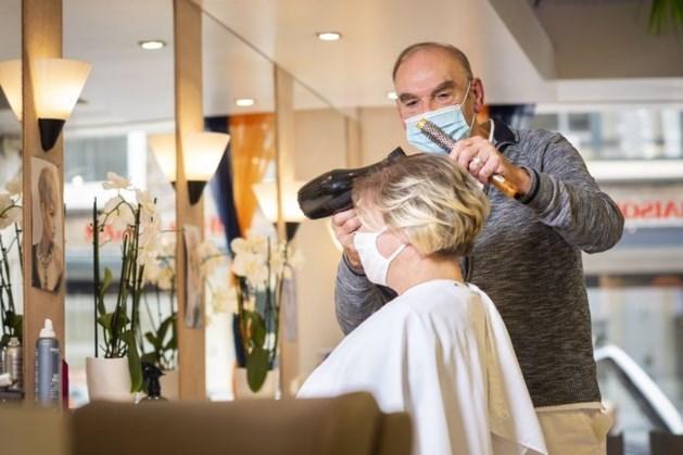 Veel drukte bij kappers uit vrees voor strengere coronaregels