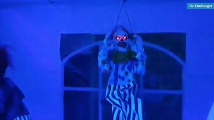 Video: Het horrorhuis van Danny (46) in Heer wordt met de dag griezeliger