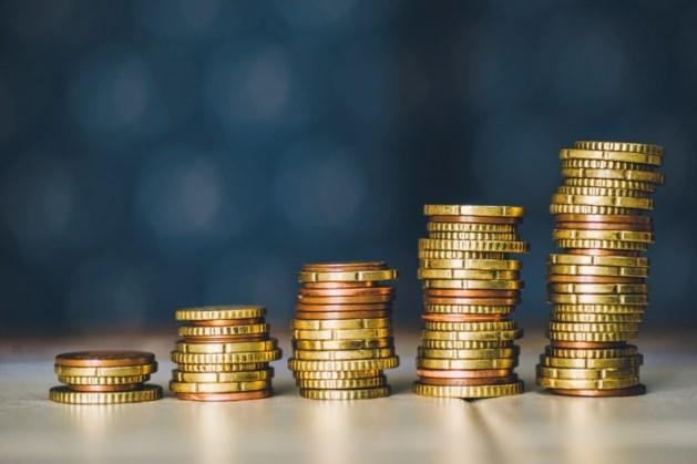 Studenten lenen meer en verdienen meer bij