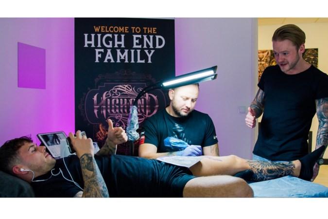 Van radeloosheid tot opluchting: Falko (28) uit Blitterswijck opende midden in coronatijd een goedlopende tattoozaak in Geleen