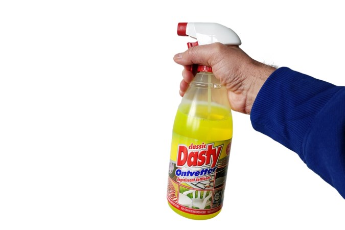 Waarom schoonmaakmiddel Dasty van de Wibra zo mateloos populair is
