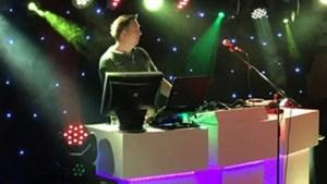 Maastrichtse diskjockey Jeffrey Curfs komt met livestreamversie van 11de van de 11de