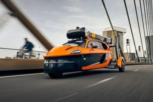 Vliegende auto mag de Nederlandse weg op
