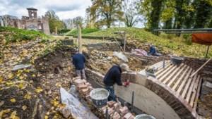De dijk van kasteel Bleijenbeek wordt weer een echte brug