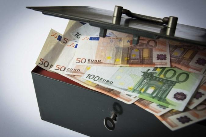 Albanees krijgt 105.560,18 euro terug van justitie: niet bewezen dat cashgeld in auto van criminele afkomst was