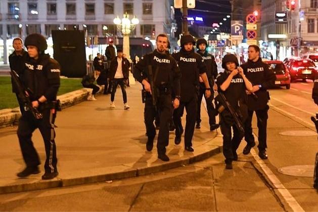 Veertien arrestaties in verband met aanslag Wenen