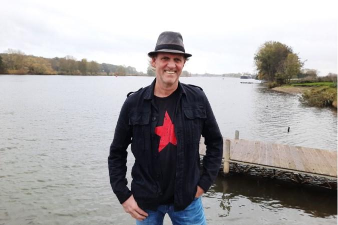 Huub Janssen maakt tegenwoordig met liedjes over de natuur naam als troubadour van Wanssum