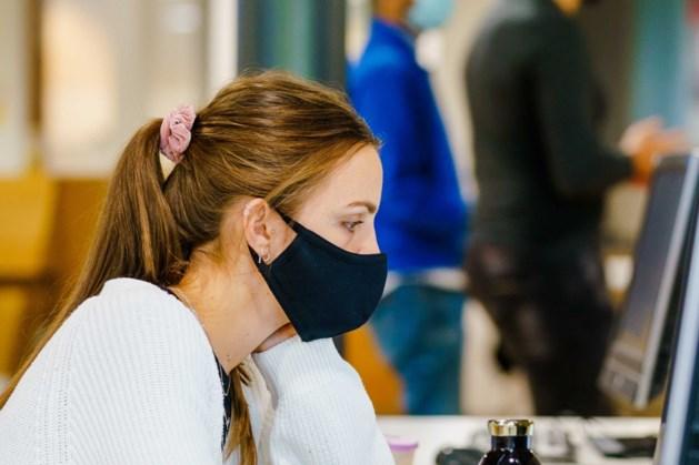 Heerlen geeft minima twee herbruikbare mondkapjes