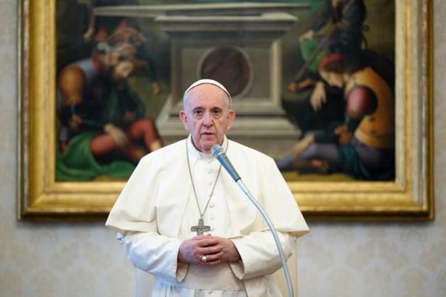 Paus stelt belangrijk bestuursorgaan Vaticaan onder toezicht