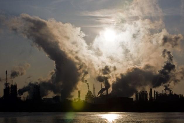 Grootste luchtvervuilers betalen minder milieubelastingen dan tien jaar geleden
