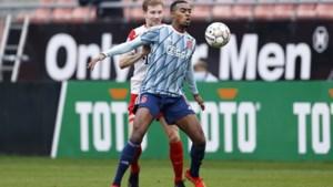 De Boer voegt Gravenberch toe aan selectie voor Nations League-duels