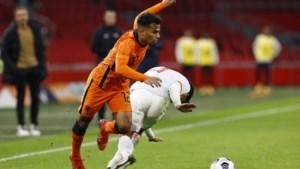 Owen Wijndal breekt lachend door bij Oranje: 'Ik voel me niet moe, helemaal niet, ik ben topfit'