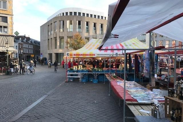 Onrust en irritatie rond de gevaarlijke plek van de Bananenboxer op de Maastrichtse vrijdagmarkt: 'De veiligheid moet vooropstaan'
