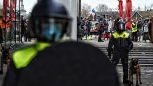 Vijf arrestaties en één gewonde agent bij Zwarte Piet-demonstratie
