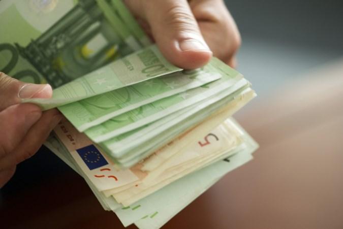 Eis: werkstraf en behandeling voor ex-penningmeester van Steinse politieke partij die tienduizenden euro's uit de kas haalde