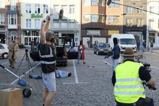 Opnames voor serie over IRA-aanslag: daar staat de Citroën weer op de Markt in Roermond