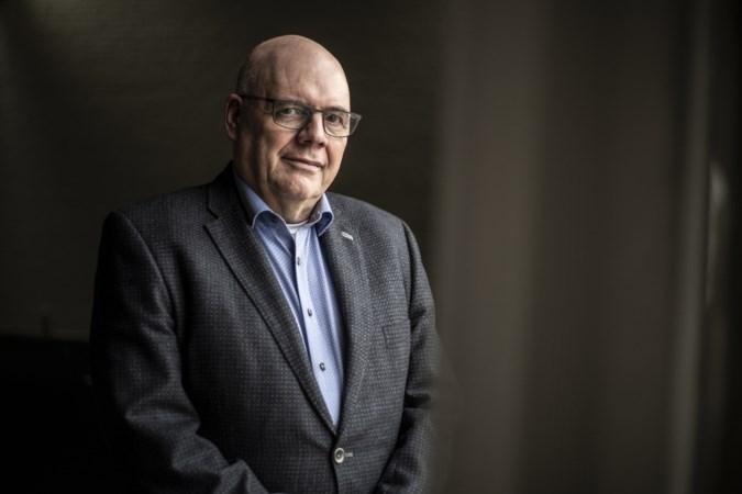 Langstzittende gemeentesecretaris van Limburg neemt afscheid in stijl: zonder veel poespas