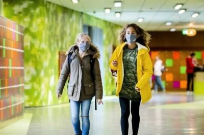Corona bij tieners onopgelost mysterie: 'Ik vermoed dat we veel infecties missen'
