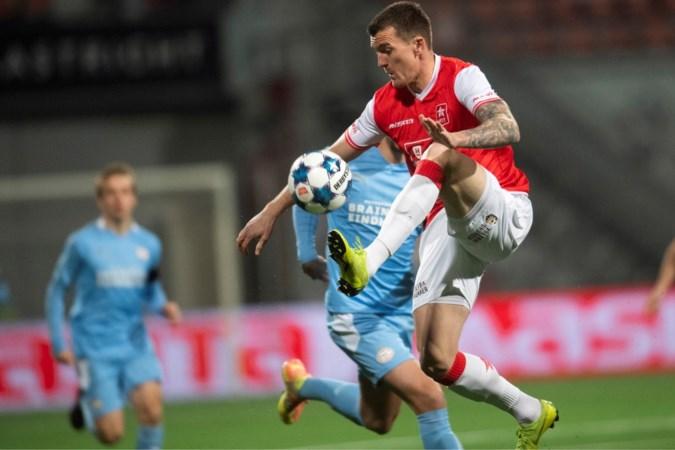 MVV laat voorsprong in slotfase uit de handen glippen: 3-3