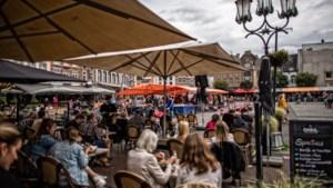 Weekmarkt van Sittard niet naar Tempelplein nadat winkeliers en vastgoedeigenaren zich tegen de verhuizing hebben verzet