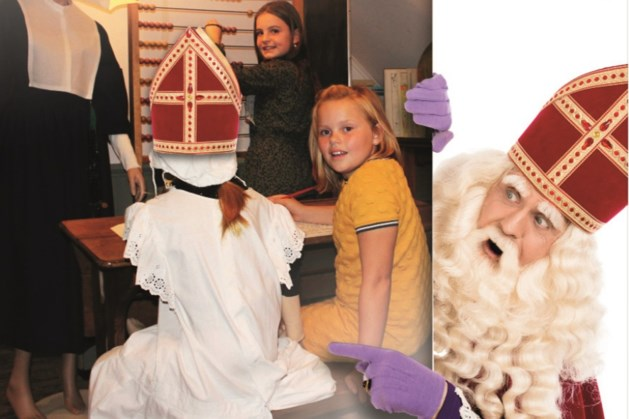 Speuren in museum Peel en Maas naar letters voor Sinterklaasgedicht