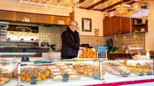Al dertig jaar op rij staat Willy Knubben met zijn gebakkraam op de Heerlerbaan: 'Met oudjaar komen ze zelfs vanuit Vaals hiernaartoe'