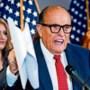 Trumps advocaat Rudy Giuliani, van knuffelheld tot nationale nar