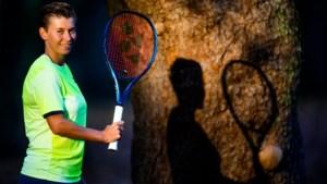 Demi Schuurs heeft geen idee hoe begin van nieuw tennisseizoen er uit ziet: 'De onzekerheid maakt het lastig: je kunt niks plannen'