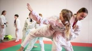Een judoworp in het kader van respect op de Toermalijn in Maasbracht