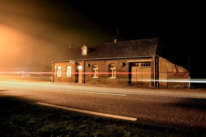 Voormalig café Bie Vossen in Kelpen-Oler, levenswerk van Tina en Harrie, wordt gesloopt voor nieuwe N280