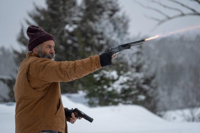 Filmrecensie Fatman: Mel Gibson is ongeloofwaardig als Kerstman die actieheld wordt