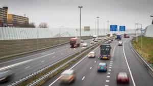 Venlo onderzoekt verhoging geluidsschermen langs Zuiderbrug