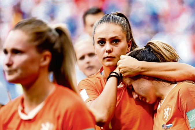 Lieke Martens merkt weinig van onrust bij Barcelona: 'vooral vervelend voor Koeman en Frenkie'