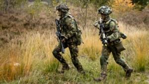 Militairen en marechaussees oefenen in Stein