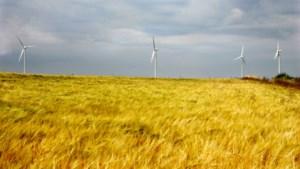 Een nulmeting over windmolens en zonneparken in de heuvels