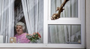 Zorgcentra duimen dat corona buiten de deur blijft: 'Het virus komt nu richting Limburg'